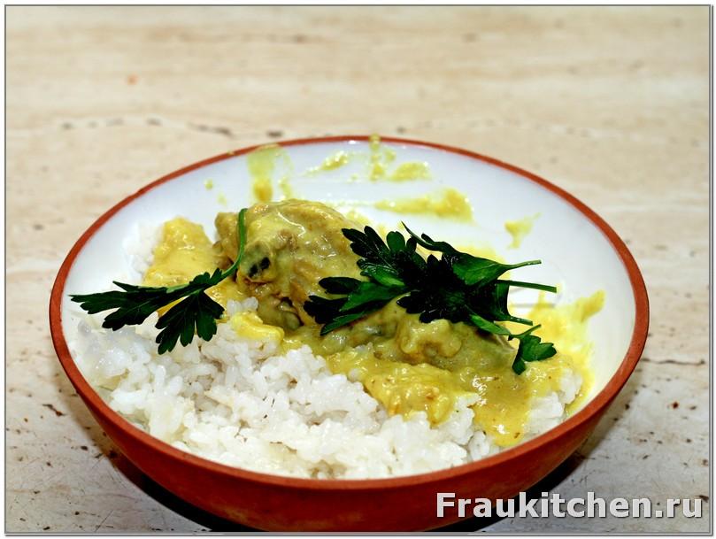 Рисовый гарнир к курице в соусе карри и белом вине