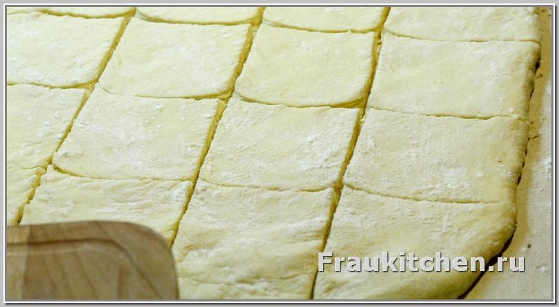 Разрезать тесто на кквадратики