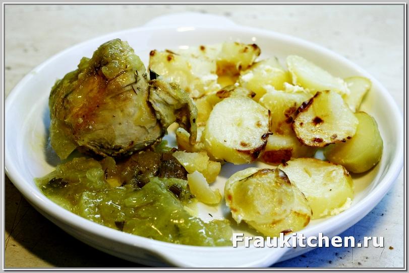 Курица в шафране с белым вином и желатином и картофель