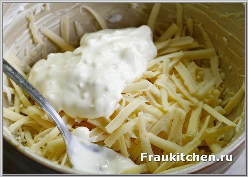 Сыр для салата Тиффани лучше брать поострее