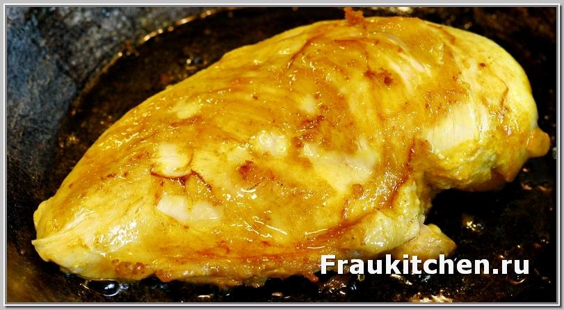 В салате тиффани куриная грудка приготовленная целиком будет нежнее