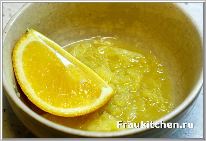 Выжать апельсин в пиалу