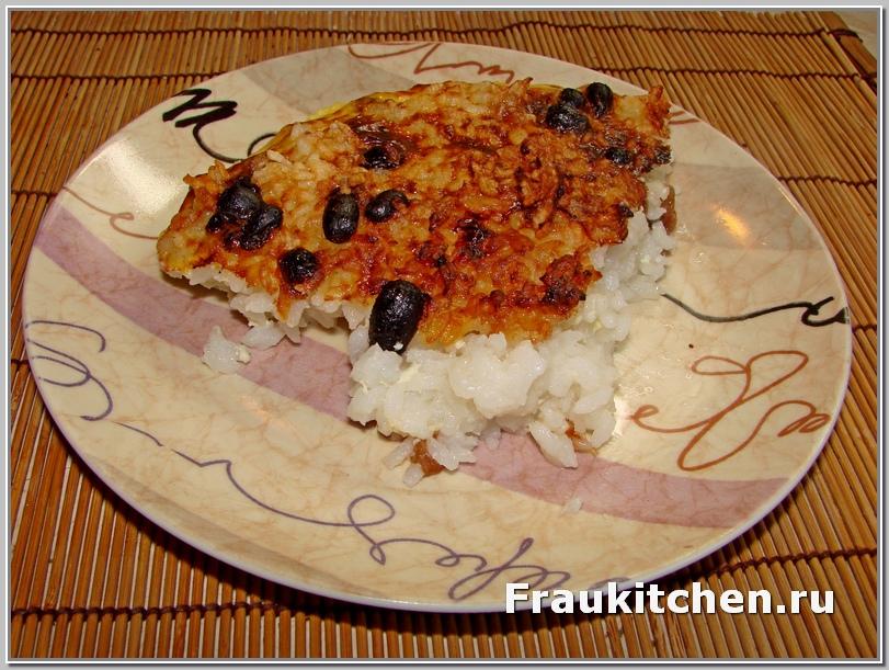 Рисовая запеканка режется как пирог