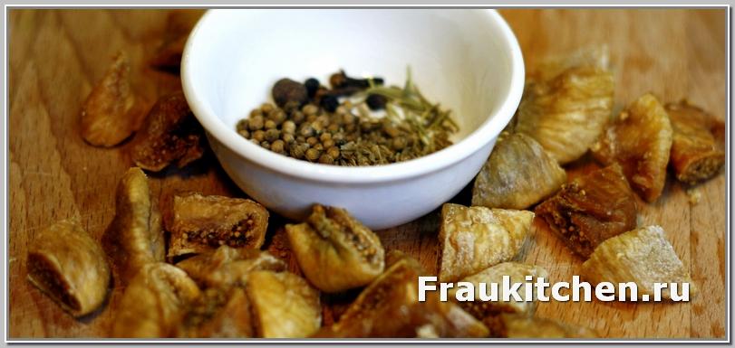 С инжиром и пряностями баранина будет ароматной и сладкой