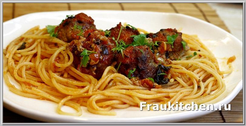 Фрикадельки в Томатном Соусе со Спагетти