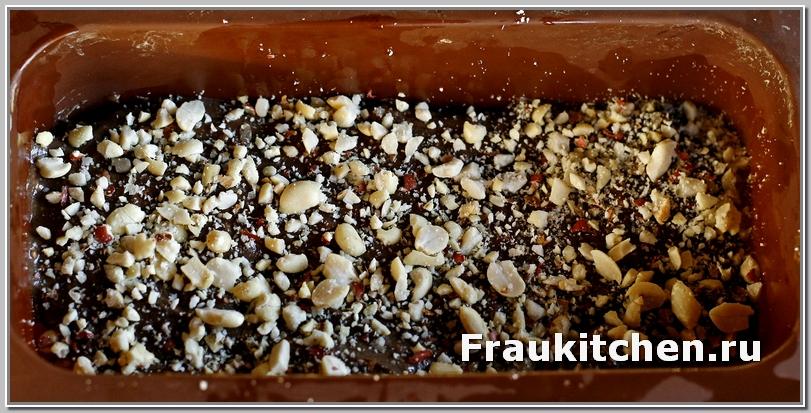 Орехи могут быть любые: фундук, грецкие, миндаль