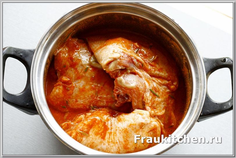 аромат соуса ощущается еще до начала приготовления