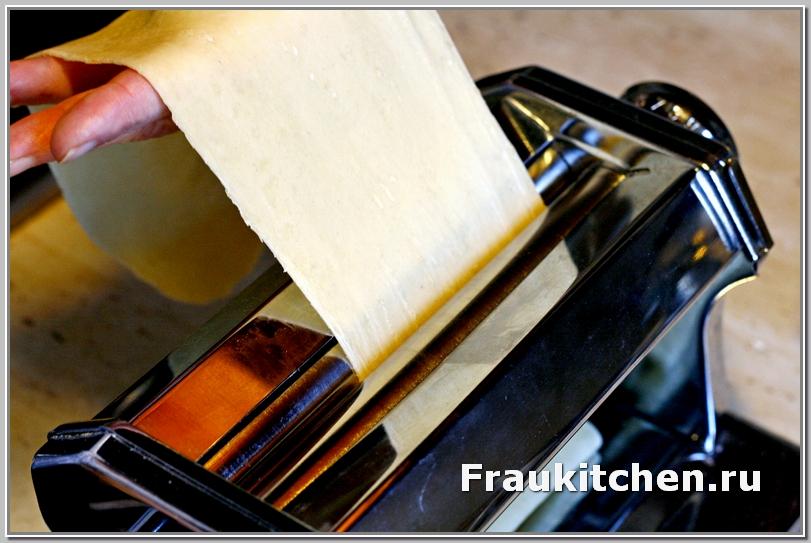 Машинкой раскатывать листы для лазаньи одно удовольствие