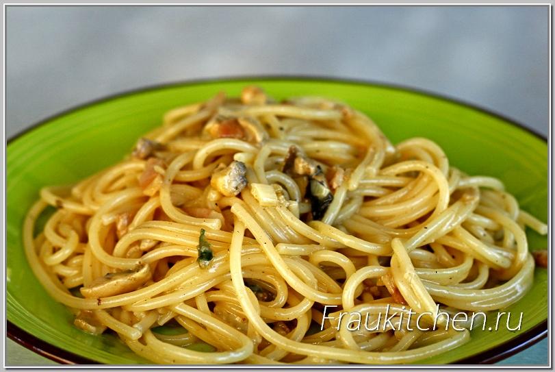 Спагетти с Беконом и Шампиньонами, по Мотивам Карбонара