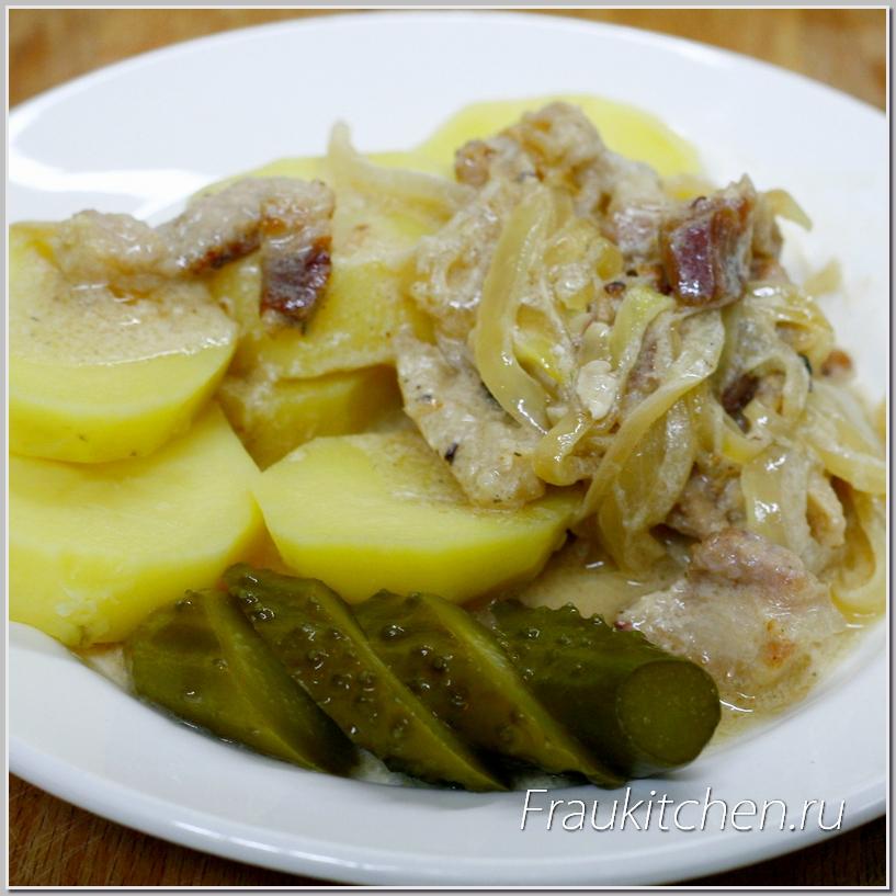 Свинина в Сметанном Соусе с картошкой